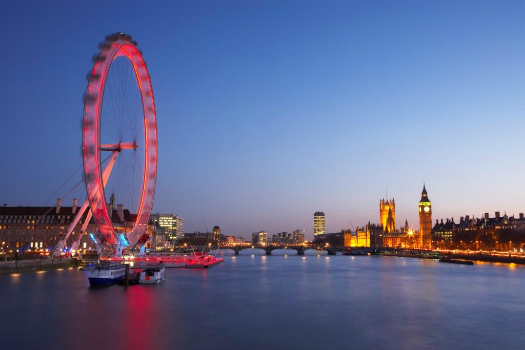 2 for 1 offers at Coca Cola London Eye: London Eye when you go by train